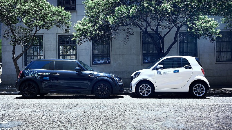 Cars Of Carsharing Services Car2go And DriveNow Next To Eachother