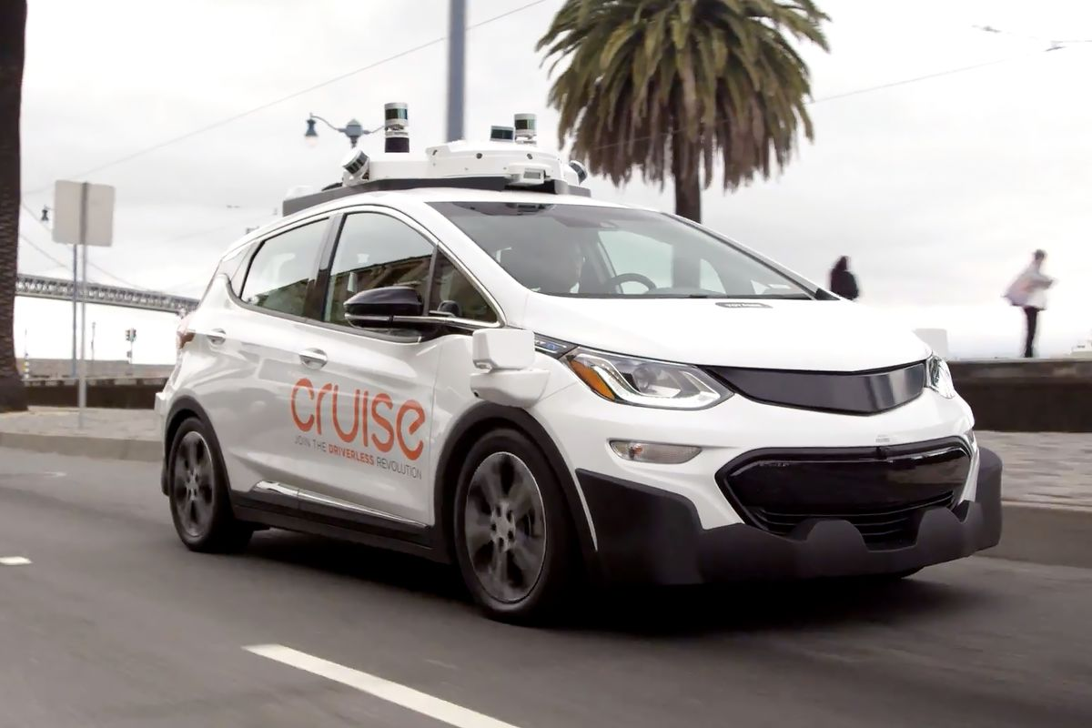 GM Cruise self-driving car driving downs the road
